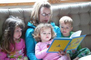 Vorlesen ist super – Gedruckte Bücher sind meist besser